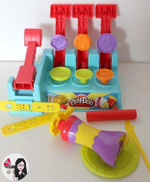 la pâte à modeler play-doh