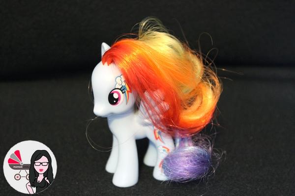 My Little pony figurines (12)