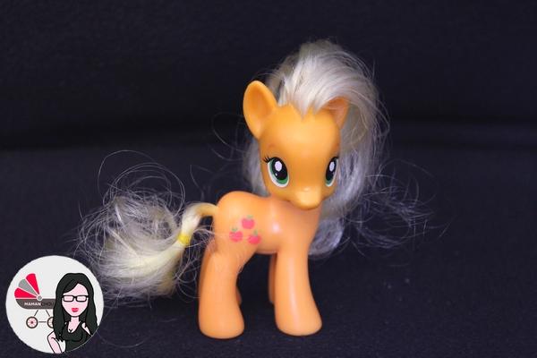 My Little pony figurines (14)
