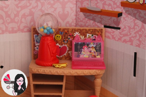 chambre de pinkie pie (4)