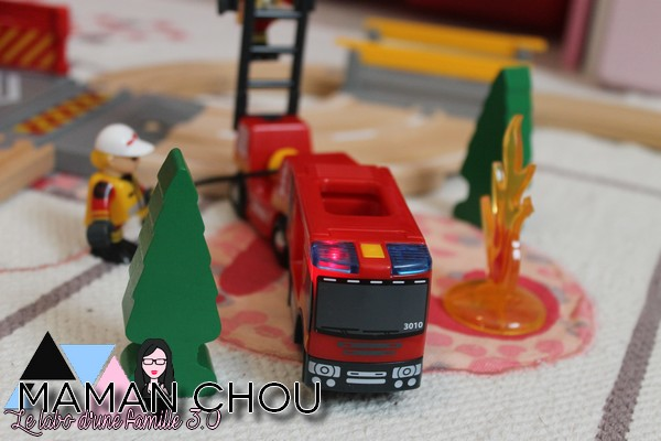 brio-circuit-des-pompiers-21