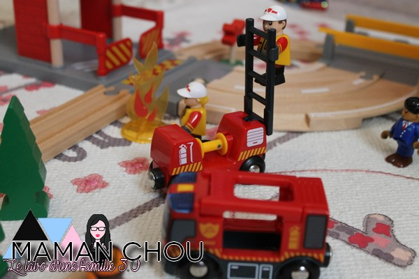brio-circuit-des-pompiers-41