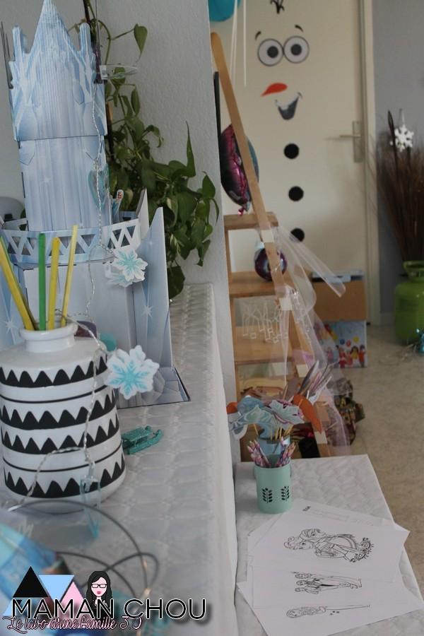 son anniversaire la reine des neiges pour ses 4 ans maman chou. Black Bedroom Furniture Sets. Home Design Ideas