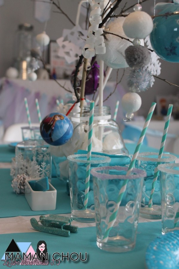 sweet-table-anniversaire-reine-des-neiges-1