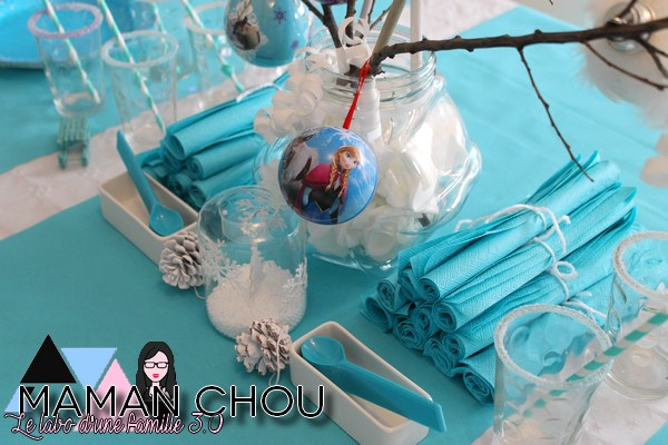 sweet-table-anniversaire-reine-des-neiges-3