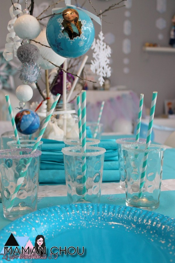 sweet-table-anniversaire-reine-des-neiges-5